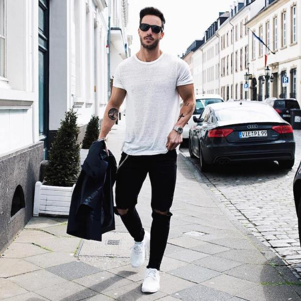 mens-white-t-shirt-black-jeans-white-trainers-min