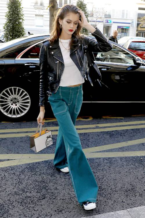 best-fall-2018-celebrity-outfits-271647-1541186541308-image.500x0c.jpg